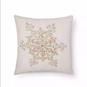 Beaded Snowflake Metallic Velvet Throw Pillow